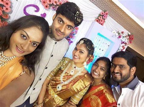 zee telugu heroine family photos tv serial actress suhasini and actor raja engagement hd