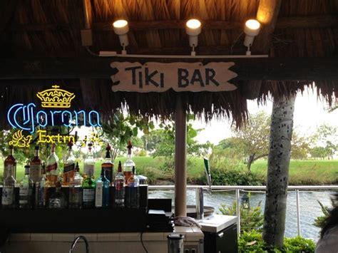 Tiki Bar Miami Time At The Tiki Bar Picture Of Sheraton Miami