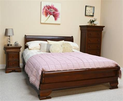 sleigh bed with low footboard