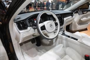 Volvo Xc60 Inside Refreshing Or Revolting 2018 Volvo Xc60 Motor Trend