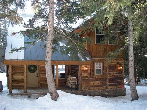 cozy log cabin  deal  brighton vrbo