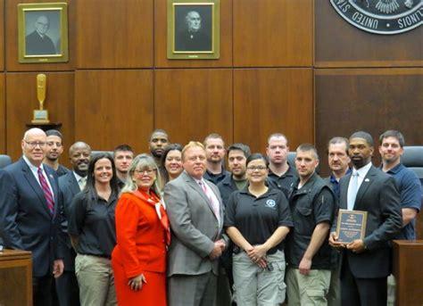 us marshal association u s marshal receives law enforcement award from isba
