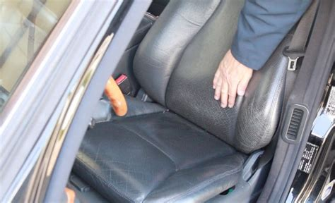 Fix Worn Leather by How To Fix Worn Color On Leather Seats Interior Problem