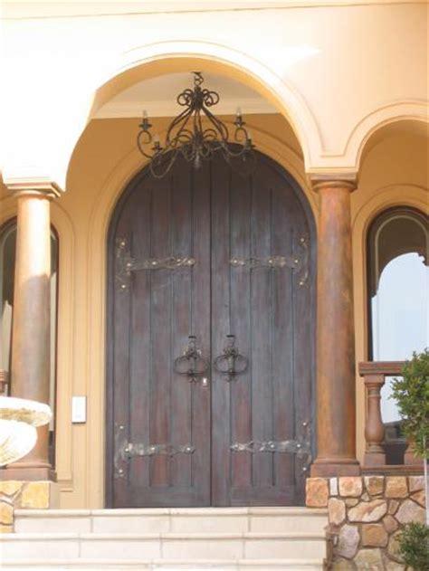 Entrance Doors Galleries Doors Direct Arched Barn Door