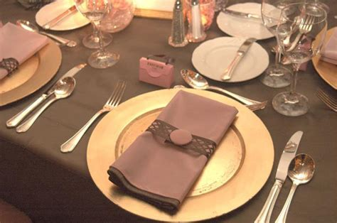 Pink and Brown Color Scheme Wedding Table Decorations