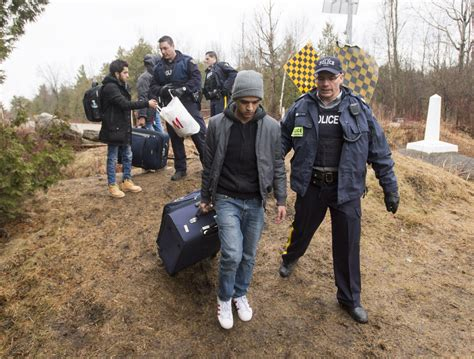 Crossing Border Into Us From Canada With Criminal Record Illegal Border Crossings Into Canada Continue To Rise