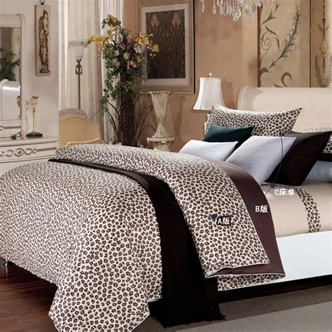 cheetah bed set 17 best images about cheetah print bed set on pinterest
