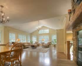 vaulted ceiling living room design talkative tlc vaulted ceilings