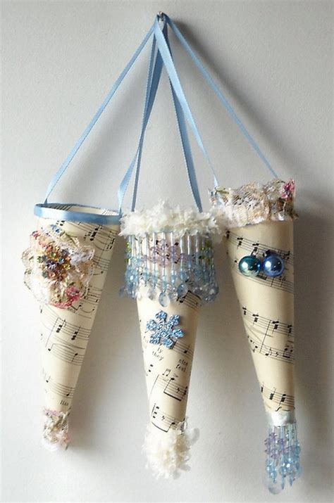 Paper Cone Craft - 3 blue favor paper cones by