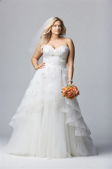 Wedding Dresses Plus Size by Top 10 Plus Size Wedding Dress Designers By Pretty Pear