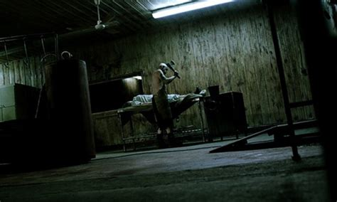 film zombie terbaik stills trailer drop for edward furlong s below zero