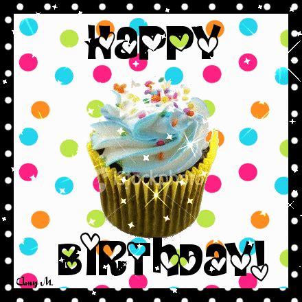 felicitaciones de cumpleanos con torta de colores felicitaciones con movimiento con divertidas cupcakes de