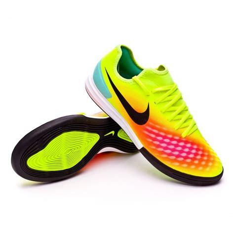 Promo Sneakers Sepatu Futsal Nike Bomba Ii Tf Volt Original Asli Mura futsal boot nike magistax finale ii ic volt black total orange pink blast soloporteros is now
