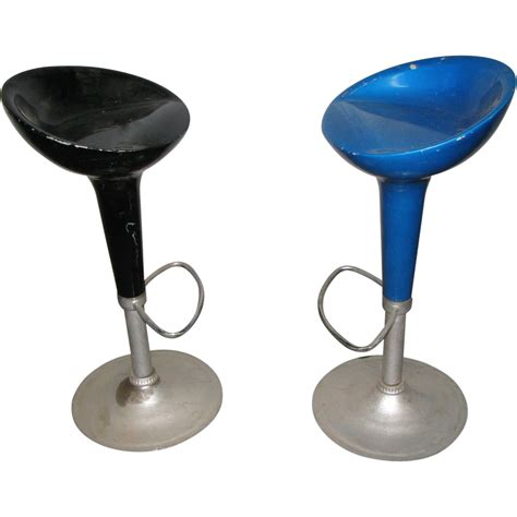 Glass Bar Stools by Vintage Fiber Glass Bar Stools From Oldegoodthings On Ruby