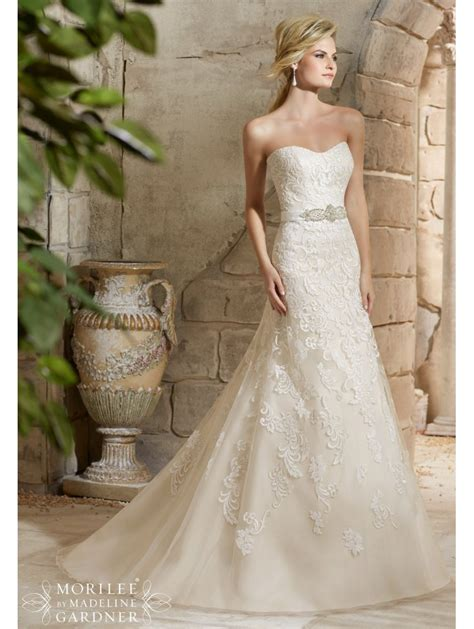 mori 2781 strapless lace wedding dress with