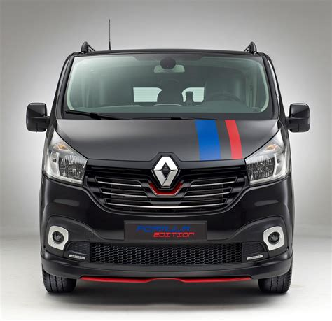renault trafic renault trafic gets sporty quot formula edition quot in the