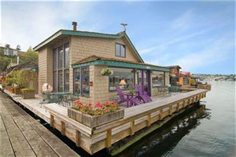 seattle boat show hotel specials houseboats in the news