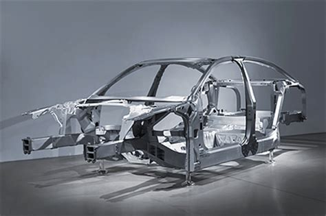 design of vehicle frame body on frame vs unibody car construction coats