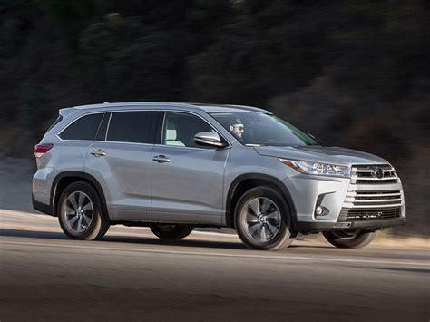 Toyota Highlander Logo 2017 Toyota Highlander Road Test And Review Autobytel