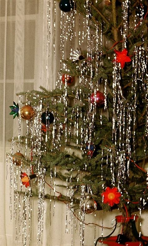 christmas tree tinsel drape vintage tinsel time susies tie one on aprons