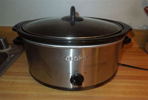how many watts does it take to power a house how many watts of electricity does it take to power a crock pot