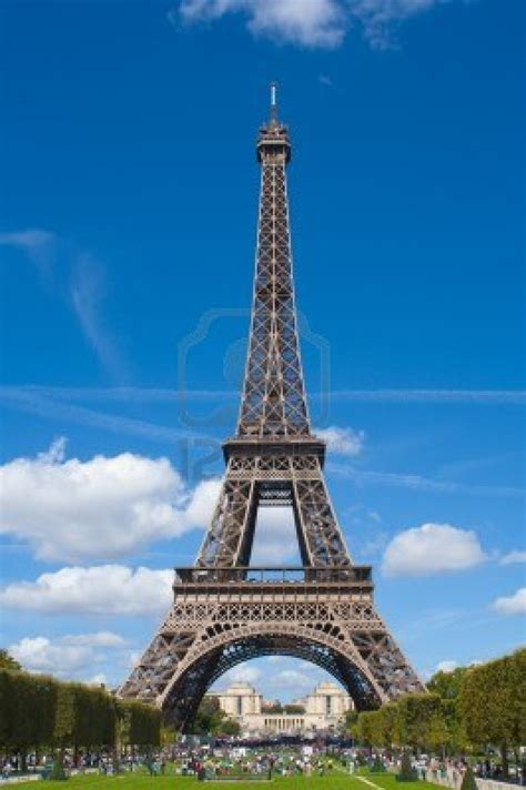 home of the eifell tower paris paris eiffel tower
