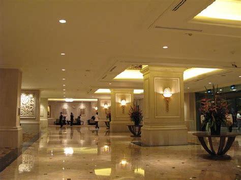 Entrance Lobby Wonderful Stay Shangri La Hotel Jakarta Pictures