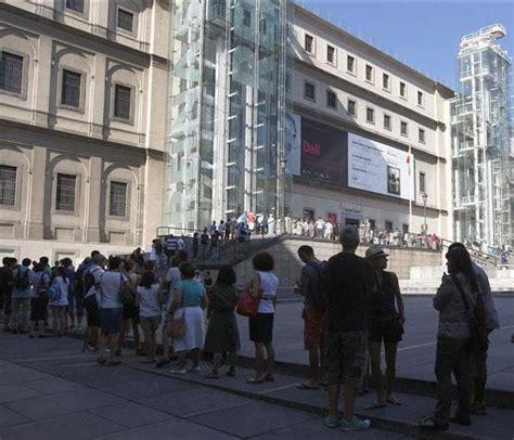 el museo reina sof 237 a l 237 a el horario de la exposici 243 n
