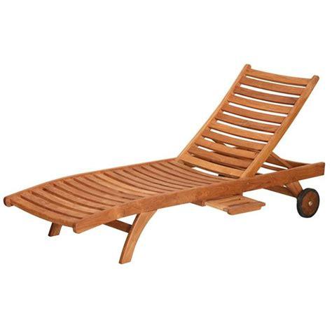 chaise bain de soleil bain de soleil chaises bois table de lit