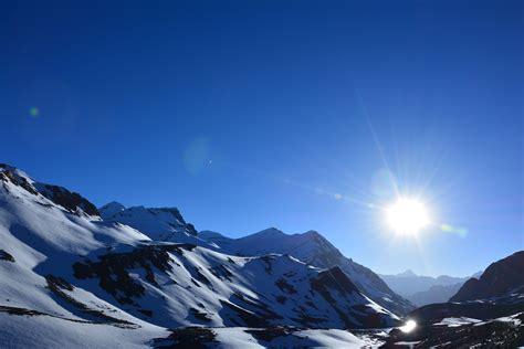 image of day file bright day at bara lacha la jpg wikimedia commons