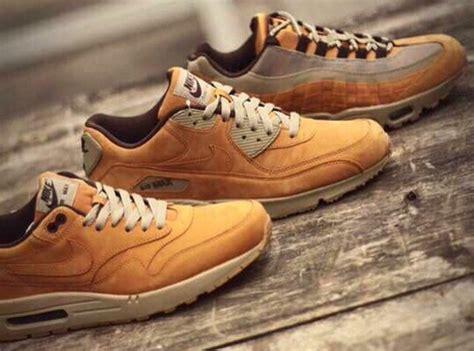 Nike 1 Mid Flax Premium Originalsepatu Nike One Brown nike air max 1 flax sneakernews