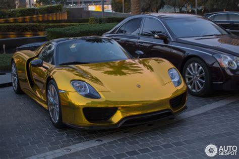 gold porsche 918 porsche 918 spyder gold porsche 918 spyder wears