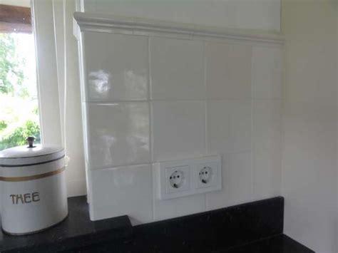 Badezimmer Fliesen Kanten by Fliesen Mit Glasierte Kante