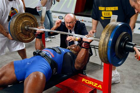 bench press powerlifting what style is your workout routine fitness and