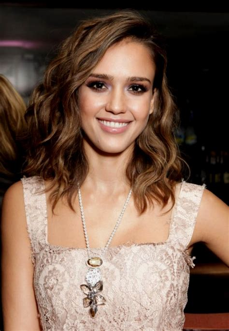 Pin wavy shoulder length hairstyles for women 2015 on pinterest