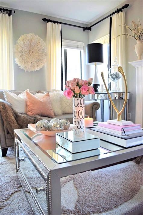 Living Room Apartment Decorating Ideas - tips for renting your apartment