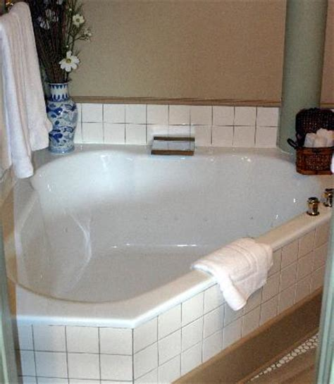 ciny s room soaking tub for two robin s nest houston