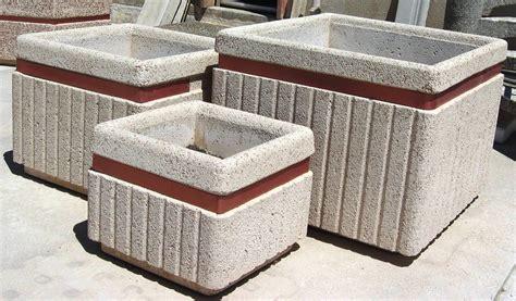 vasi cemento prezzi fioriere in cemento fiori idea immagine
