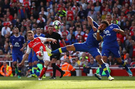 arsenal vs everton arsenal v everton liverpool echo