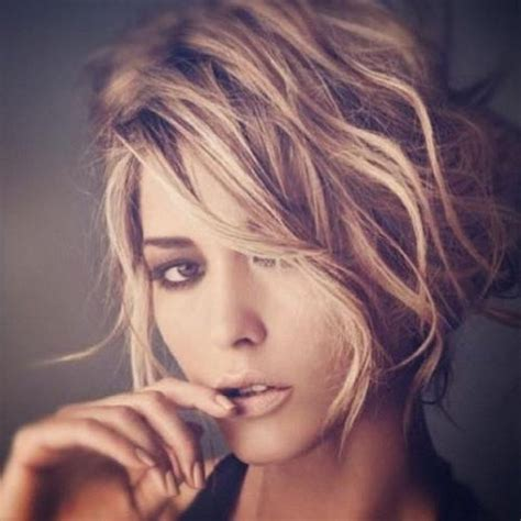 short hairstyles for women oval face shapes0010 stylehitz 15 best ideas of women s short hairstyles for oval faces