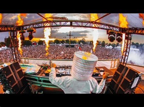 Sweeter Keep It Mello musicas cc baixar marshmello gets attacked by a koala in australia