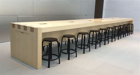 High Top Meeting Table The World S Catalog Of Ideas