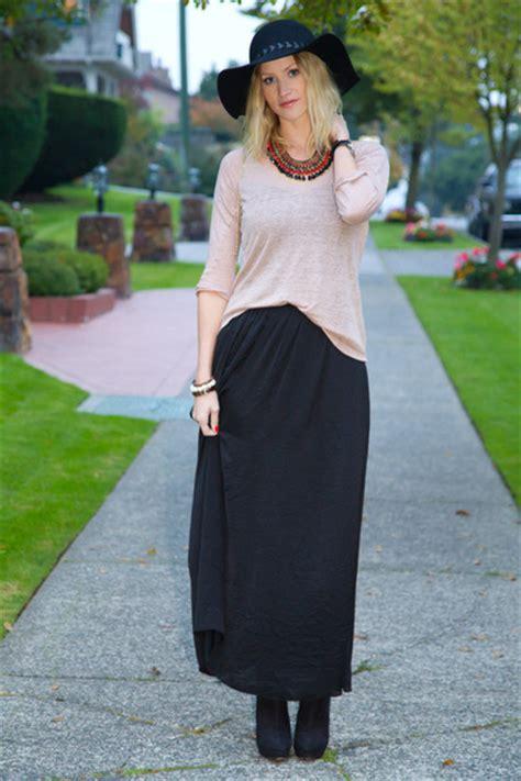 sweater skirt dressed up