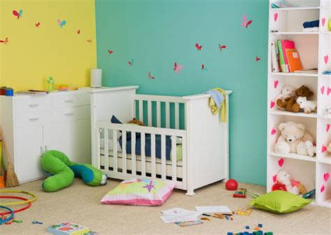 que necesito para decorar mi cuarto la habitaci 243 n para tu beb 233 babycenter