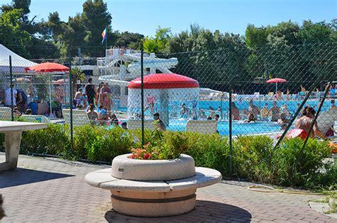 parco co dei fiori villaggio abruzzo con piscine e parco acquatico
