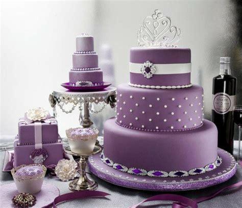 Hochzeitstorte Violett by 35 Beispiele F 252 R Hochzeitstorte In Lila