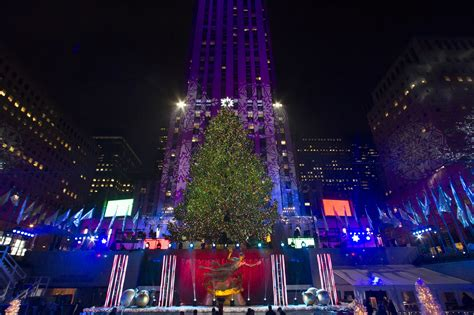rockefeller center christmas tree lighting 2014 when and