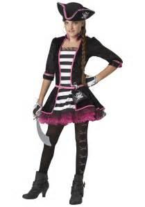 halloween pirate costumes tween high seas pirate costume