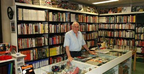 libreria libri e libri monza monza chiude la libreria dell autodromo tra indifferenza
