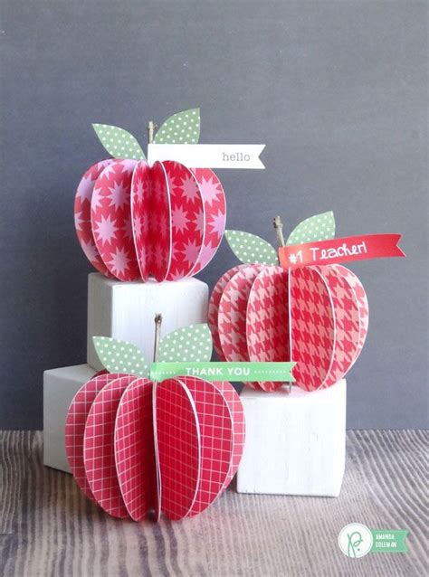 Apple Paper Craft - 19 apple crafts to get you in the fall spirit